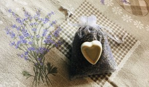 Levendulazsák illatkővel